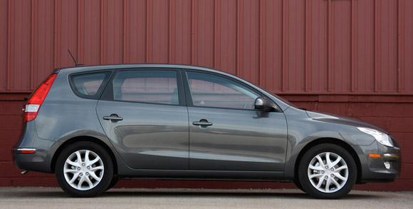 Review: 2009 Hyundai Elantra Touring | Autoblog