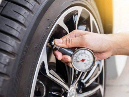 Bơm lốp xe ô tô bao nhiêu kg là đủ? Mẹo kiểm tra lốp xe ô tô - Kovar