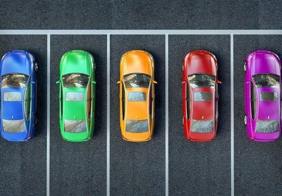 Vì sao phải chọn màu xe theo tuổi