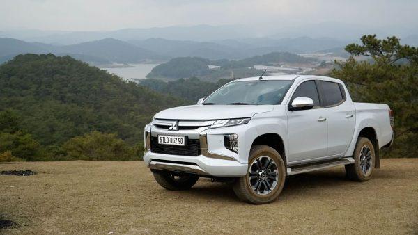 Thông tin đánh giá Mitsubishi Triton trên thị trường